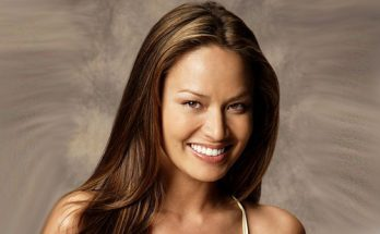 Moon Bloodgood Height Weight Bra Size Body Measurements