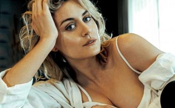 Taylor Schilling Height Weight Bra Size Body Measurements