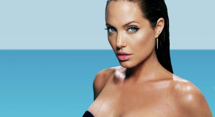 Angelina Jolie Height Weight Bra Size Body Measurements