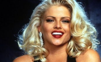 Anna Nicole Smith Height Weight Bra Size Body Measurements