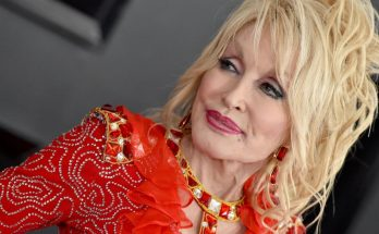 Dolly Parton Height Weight Bra Size Body Measurements