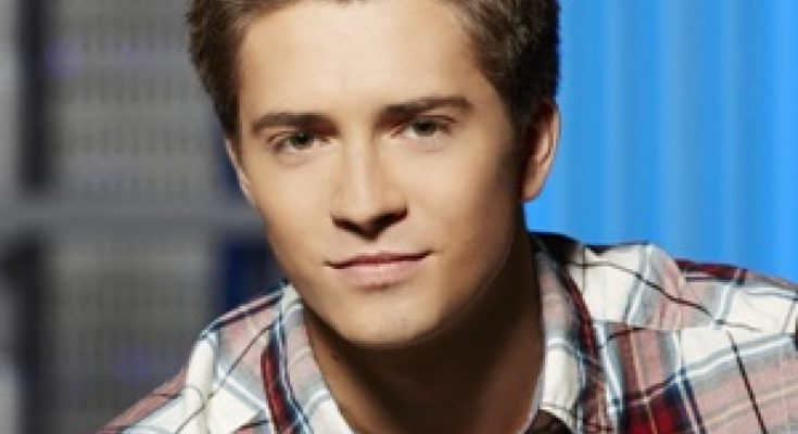 Billy Unger Height Weight Bra Size Body Measurements