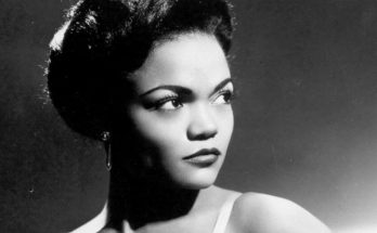 Eartha Kitt Height Weight Bra Size Body Measurements