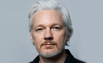 Julian Assange Height Weight Bra Size Body Measurements