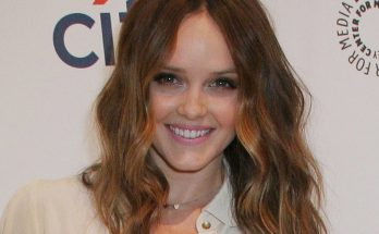 Rebecca Breeds Height Weight Bra Size Body Measurements