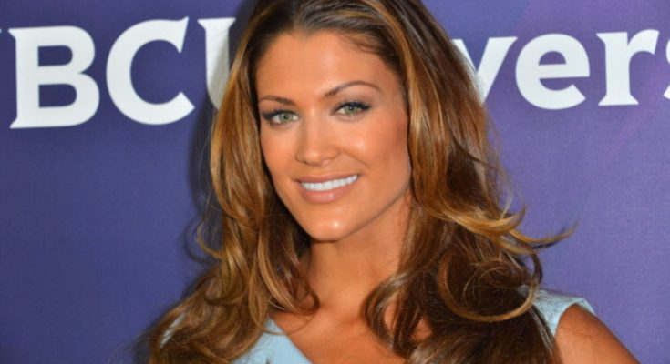 Eve Torres Bra Size, Breasts, Height, Biography, Bust Size