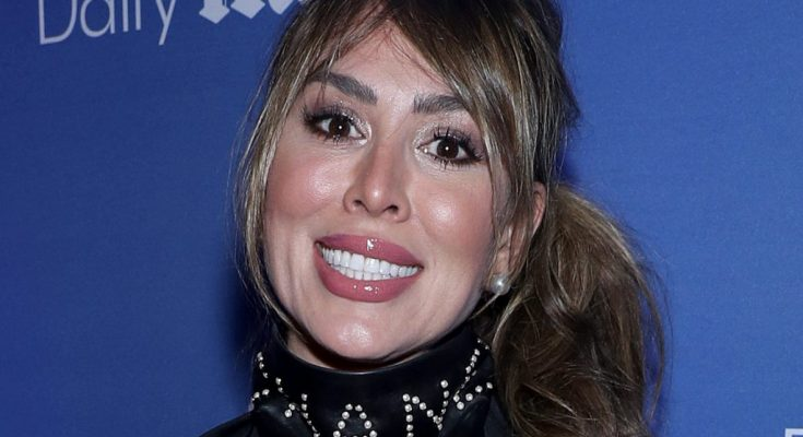 Kelly Dodd Biography, Bra Size, Weight, Height, Breasts