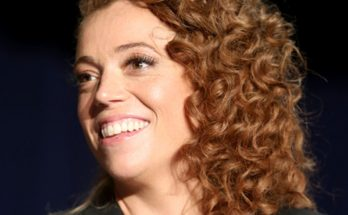 Michelle Wolf Weight, Biography, Quotes, Body Measurements, Height