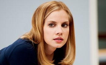 Anna Chlumsky Bra Size Biography Quotes