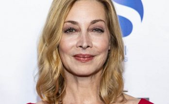 Sharon Lawrence Biography Body Measurements Height Weight